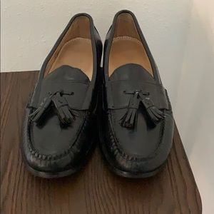 Authentic Cole Haan black leather loafers Sz 9.5